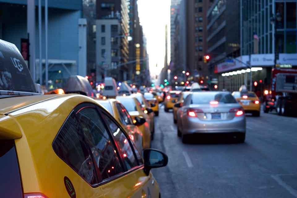 免留車能借的金額會比較低嗎?當鋪汽車都能免留車嗎?