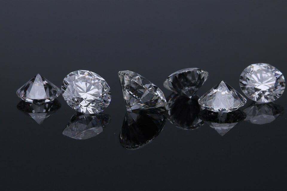gia鑽石回收價格怎麼看?來當鋪當鑽石必須了解這些事!