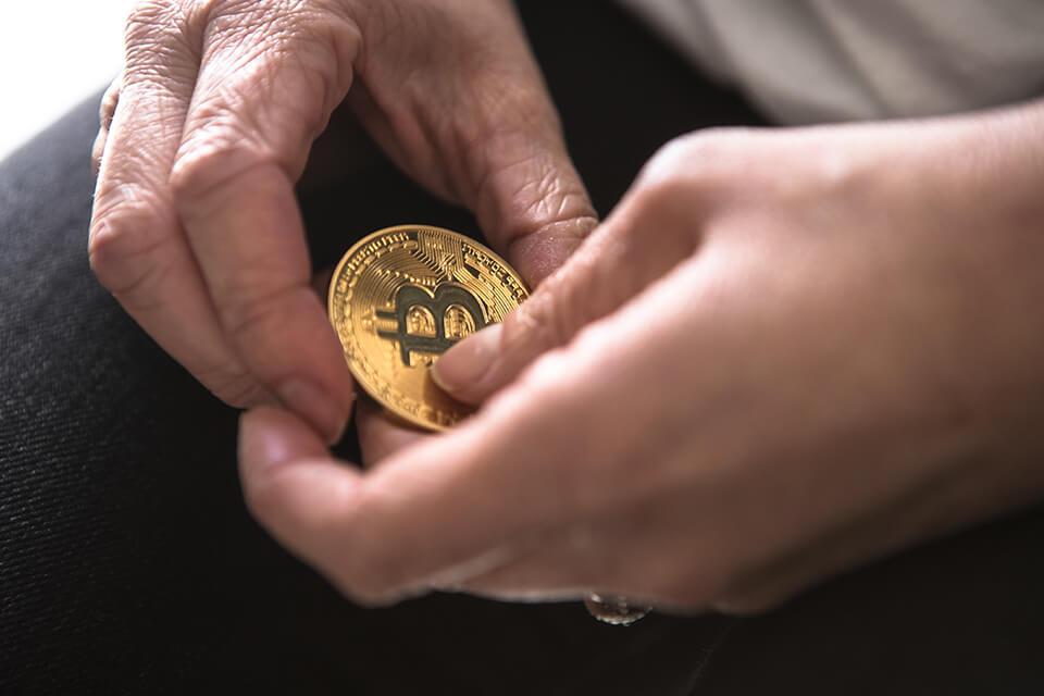 【當鋪借錢經驗談】當舖還款利息是多少?當鋪身分證借錢行得通嗎?